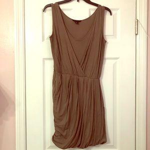 Banana Republic Low-cut, Sleeveless, Balloon dress